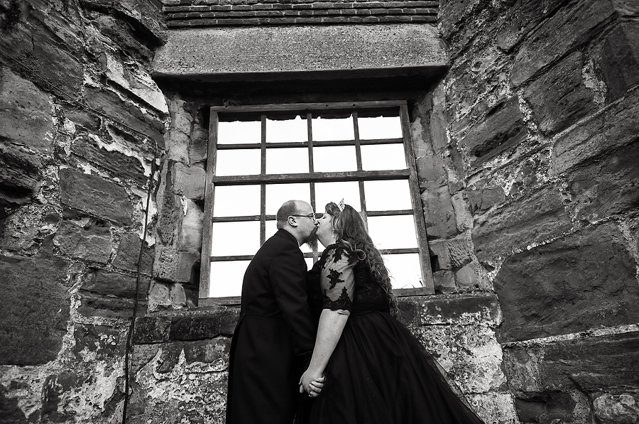 Creative portraits in the wonderful setting at Tutbury Castle in Derbyshire by Burton-on-Trent Wedding Photographer Barry James