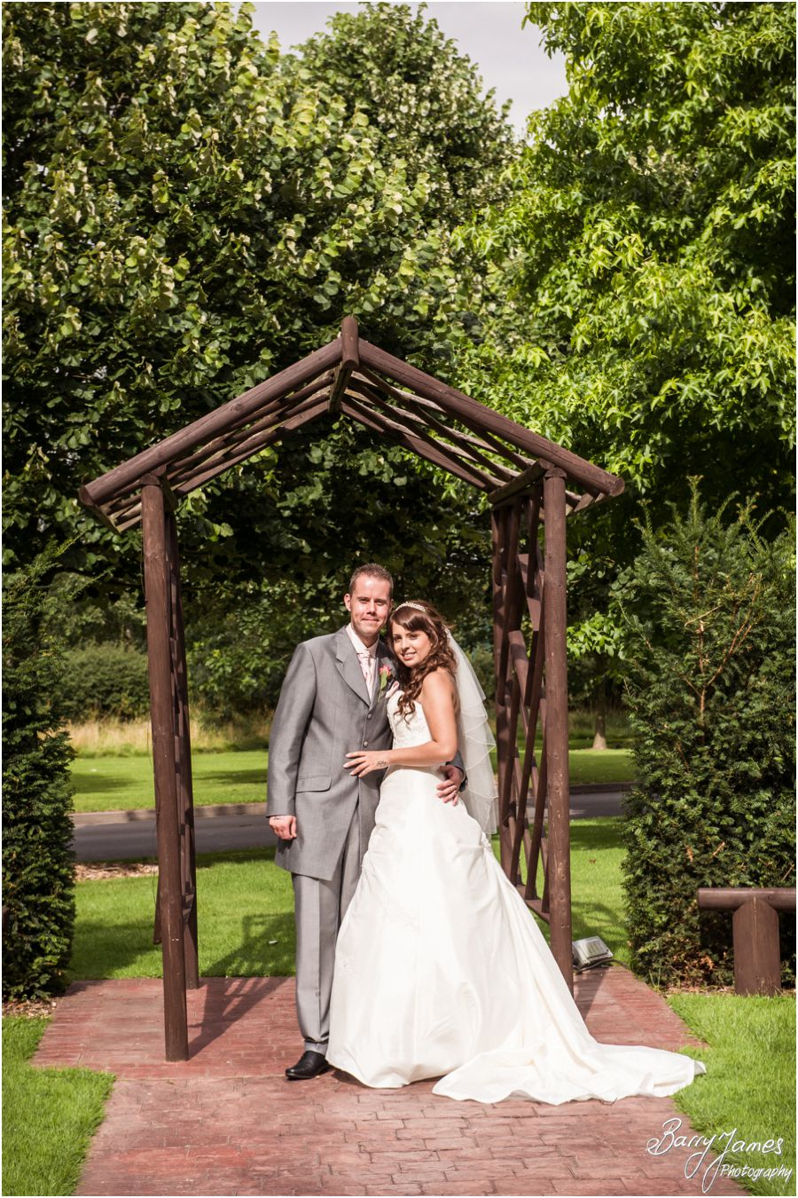 Stunning affordable wedding photography at The Fairlawns in Walsall by Exclsuive Mid Week Packages available from Walsall Wedding Photographer Barry James