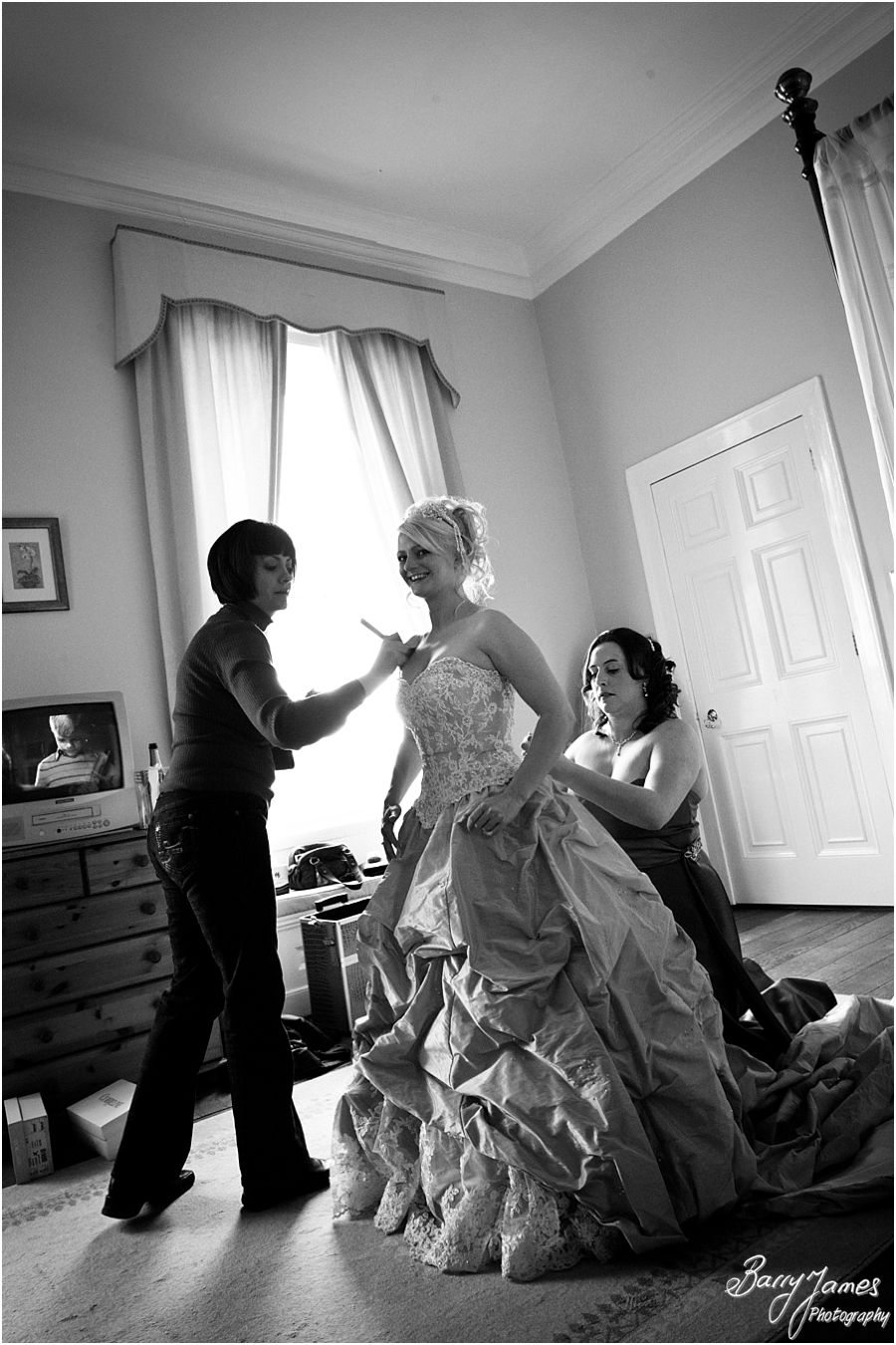 Creative candid photographs a Somerford Hall wedding in Brewood by Wedding Photographer Barry James