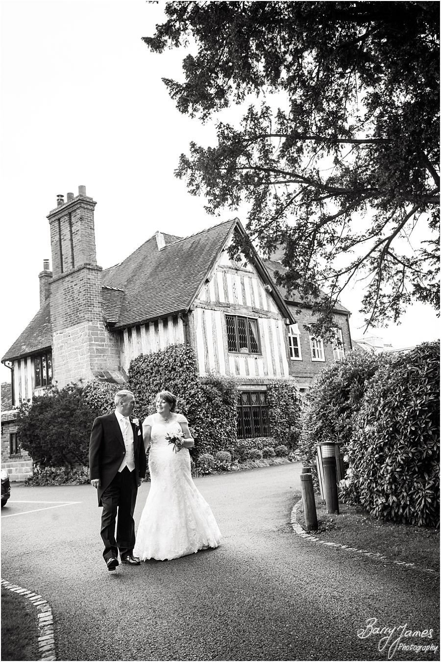 Creative timeless wedding photographs at The Moat House in Acton Trussell by Recommended Wedding Photographer Barry James