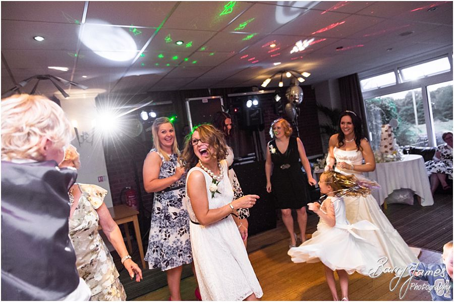 Creative wedding photography at Swindon Golf Club in Dudley by Staffordshire Wedding Photographer Barry James
