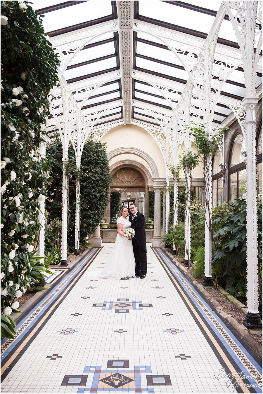 Elegant natural portraits of the newly married couple at Sandon Hall in Stafford by Stafford Contemporary Wedding Photographer Barry James