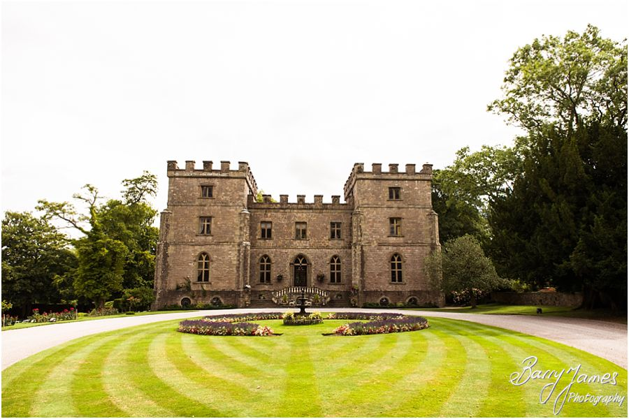 Wedding photographs at Clearwell Castle in Gloucestershire by Gloucester Wedding Photographer Barry James