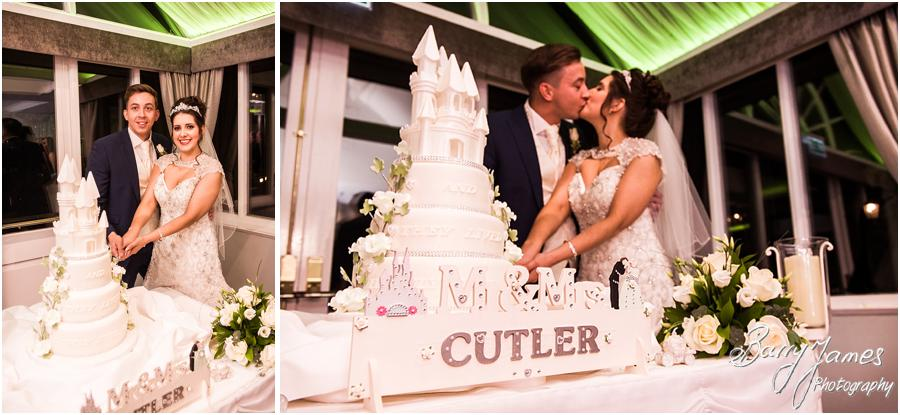Wedding cake cutting photographs